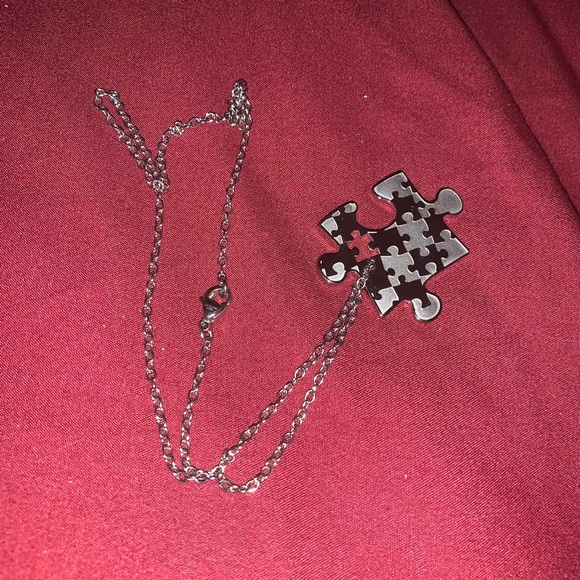Jewelry - Stainless steal silver neckless